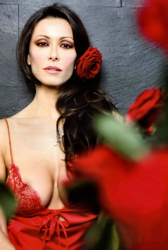 Sensual Album: Sara Varone desnuda varias fotos