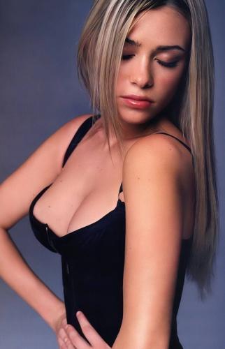 Martina Stella 3